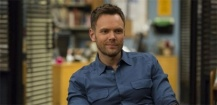 Joel McHale guest star de The X-Files